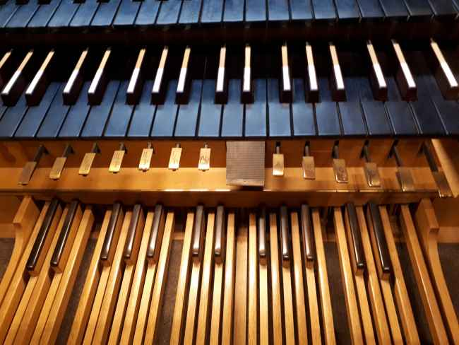 Read more about the article Non-Stop Orgelmusik und vieles mehr